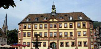 Das Rathaus Neustadt (Foto: Stadtverwaltung Neustadt)