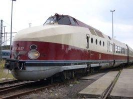 """Dieselschnellzug der Baureihe VT 18.16 der früheren DDR-Reichsbahn, u.a. als """"Vindobona"""" im Einsatz. (Foto: DB Museum/Klaus Mosch)"""