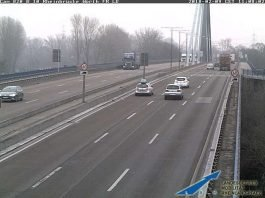 Die Rheinbrücke zwischen Wörth und Karlsruhe (Foto: LBM RLP)