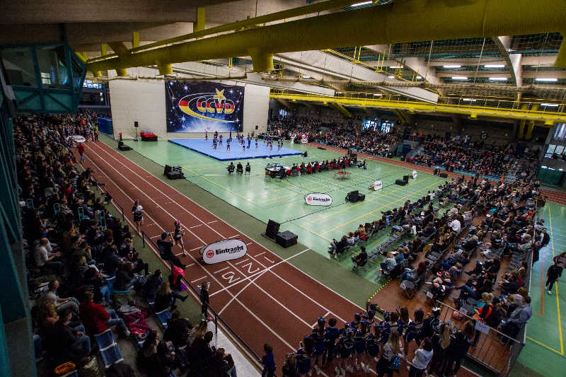 Volle Halle in Hanau: Die August-Schärttner-Halle war während der Regionalmeisterschaft Südwest bis auf den Platz gefüllt. (Foto: Arndt Götze)