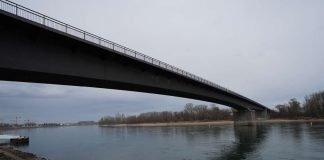 Die Salierbrücke zwischen Speyer und Altlußheim-Lußhof (Foto: Holger Knecht)