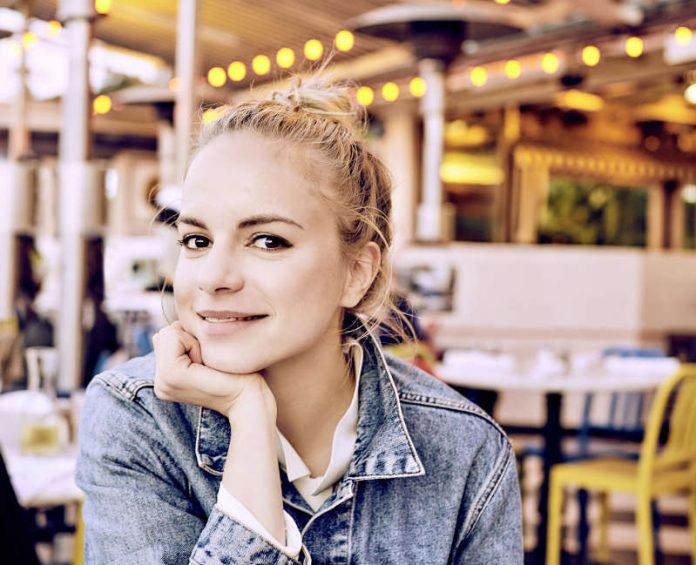Julia Engelmann (Foto: Ben Wolf)