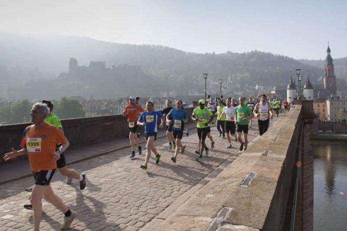 Der Halbmarathon in Heidelberg bietet vor sehenswerter Kulisse sportliche Topleistungen. (Foto: Christian Buck)