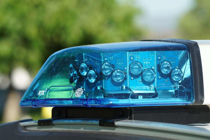 Symbolbild, Polizei, Blaulicht, Rettungsdienst, DRK © Holger Knecht