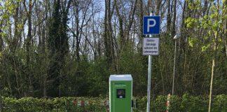 Ladesäule am Parkplatz des Kreisbades Heidespaß (Foto: Kreisverwaltung Rhein-Pfalz-Kreis)