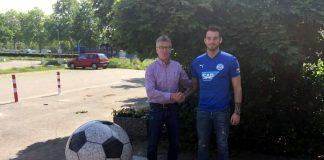 Walldorfs Sportlicher Leiter Roland Dickgießer mit Max Müller. (Quelle: FCA)