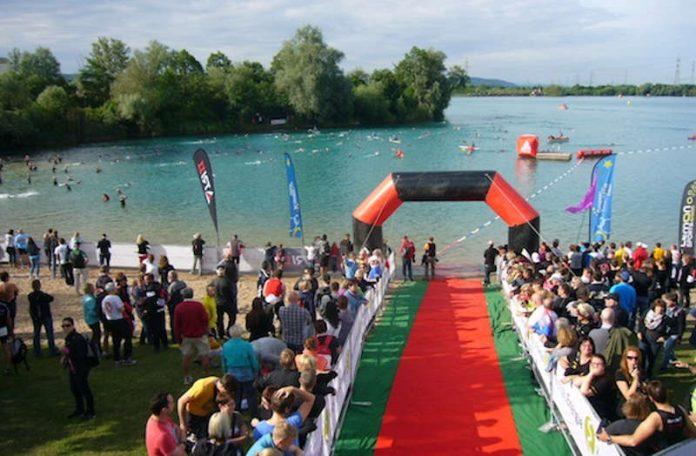 Schwimmbereich eines Triathlons in Nordbaden (Foto: Hannes Blank)