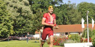Triathlonsieger Boris Stein (Foto: PIX-Sportfotos)