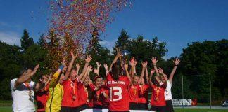 Siegerfoto des Verbandspokalfinals 2017, das der TSV Neckarau gewann (Foto: Hannes Blank)