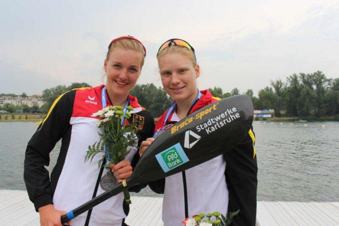 Sarah Brüßler (links) und Melanie Gebhardt strahlen auch über Silber (Foto: AMR)