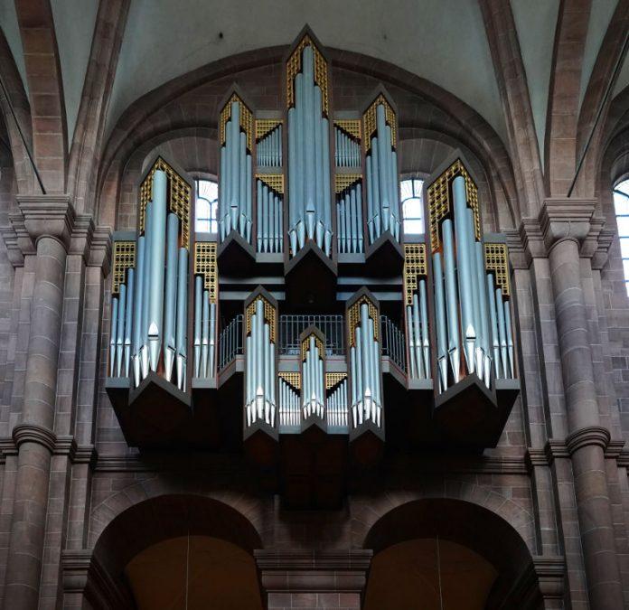 Die Orgel im Wormser Dom (Foto: Holger Knecht)