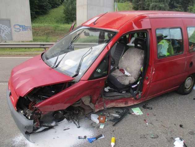 Unfall mit Schwerverletzten - L395