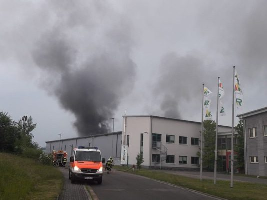 Brand in Firmengebäude