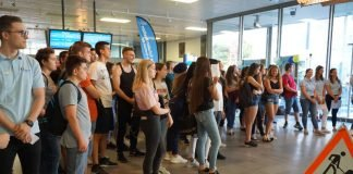 Die Resonanz auf den vierten Ausbildungstag war enorm: mehrere hundert Schülerinnen und Schüler informierten sich über Ausbildungsmöglichkeiten im Landratsamt Karlsruhe (Foto: Landratsamt Karlsruhe)