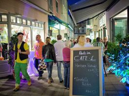 Lange Einkaufsnacht (Foto: Uwe Noelke)