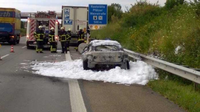Ausgebrannter BMW 420
