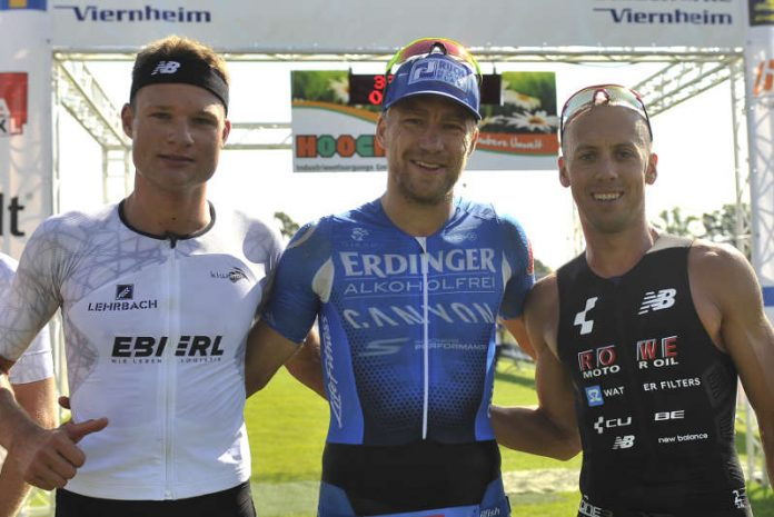 v.l.: Erhardt, Frommhold, Böcherer (Foto: PIX-Sportfoto)
