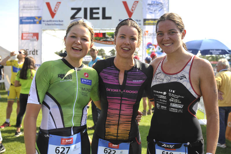 v.l.: Moroff, Gottwald, Brüstle (Foto: PIX-Sportfotos)