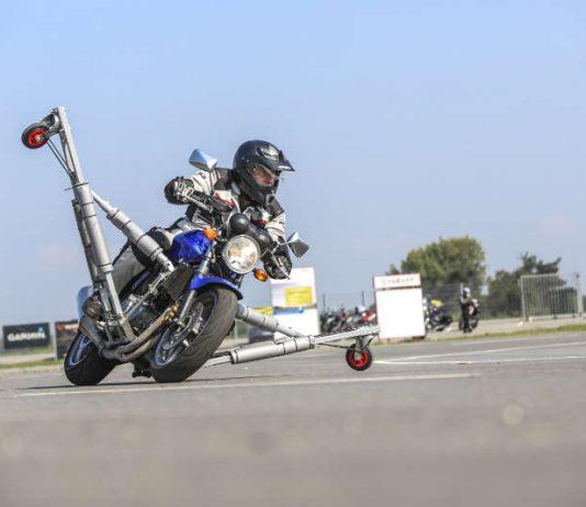 ADAC Motorrad-Training Schräglage (Foto: ADAC Nordbaden/Andrea Fabry)
