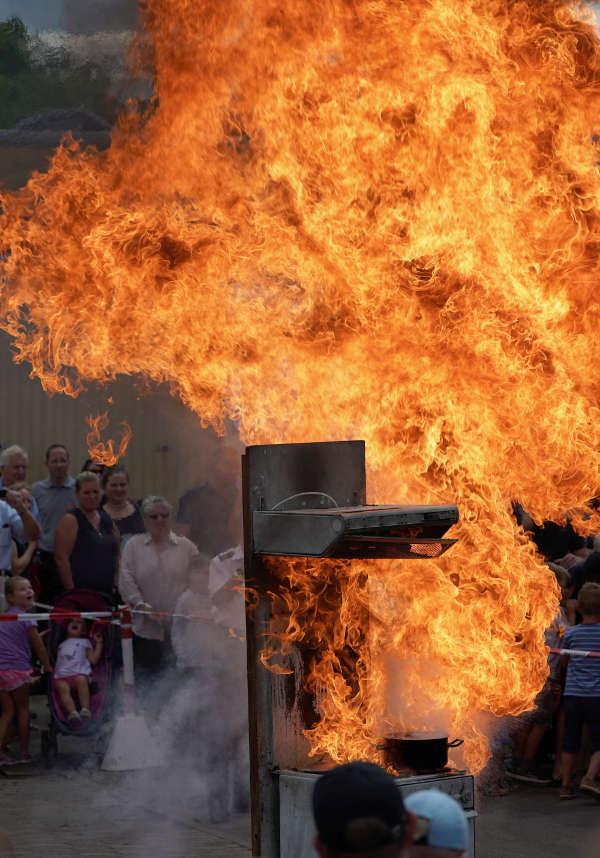 Eindrucksvoll: eine Fettexplosion (Foto: Holger Knecht)
