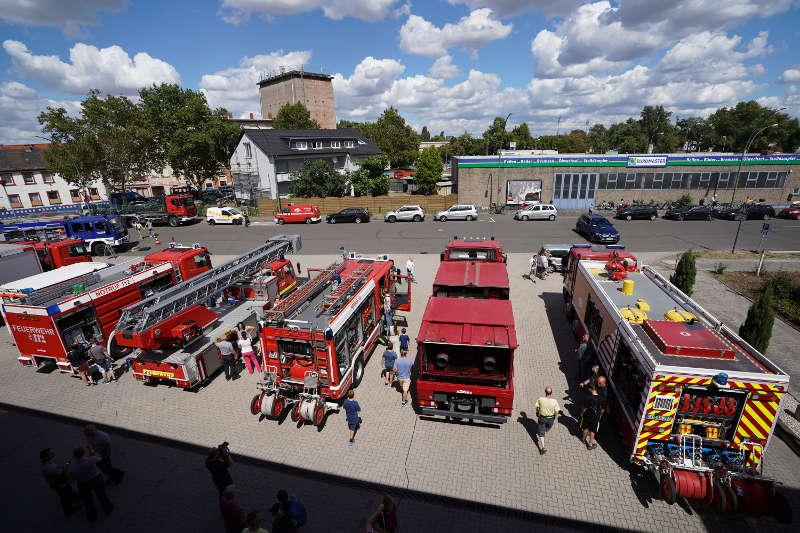 Feuerwehrfahrzeuge (Foto: Holger Knecht)