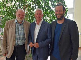 v.l.: Volker Gallé, Oberbürgermeister Michael Kissel und David Maier (Foto: Stadtverwaltung Worms)