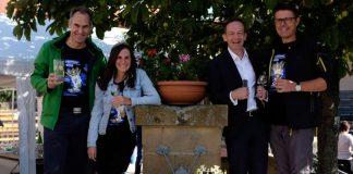 König Riesling mit Landrat Dietmar Seefeldt, der Pfälzischen Weinkönigin Inga Storck, Minister Wissing und Torsten Blank (Foto: Pfalzwein e.V.)
