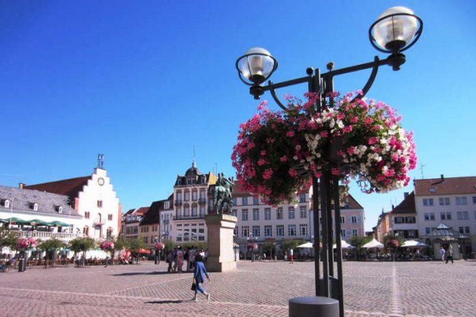 """Die attraktive Landauer Innenstadt ist eine der großen Stärken der Stadt Landau. Der Wettbewerb """"Mitgestalten – Landau fördert Ideen"""" möchte diesen """"Markenbaustein"""" weiter mit Leben füllen. (Bildquelle: Stadt Landau in der Pfalz)"""