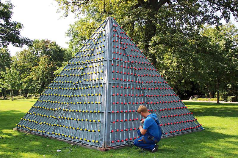 Auch die Stadtwerke sind stark eingebunden in die Vorbereitungen zum Lichterfest (Foto: Zoo Karlsruhe)