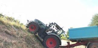 Verunfalltes landwirtschaftliches Gespann