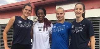 Alexis Mathews (2. von links) im Kreise ihrer neuen Kolleginnen. Valentina Zaloznik (rechts) verlässt den VCW (Foto: VCW)