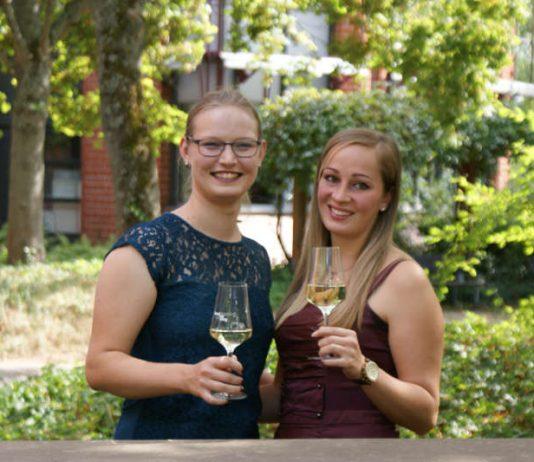 Die SÜW-Weinhoheiten (Foto: Südliche Weinstrasse e.V.)