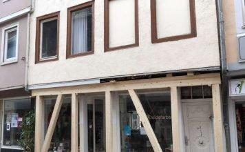 Das Gebäude wurde mit Stützbalken abgesichert (Foto: Stadtverwaltung Bad Kreuznach)