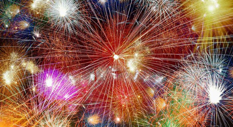 Symbolbild Feuerwerk © on Pixabay