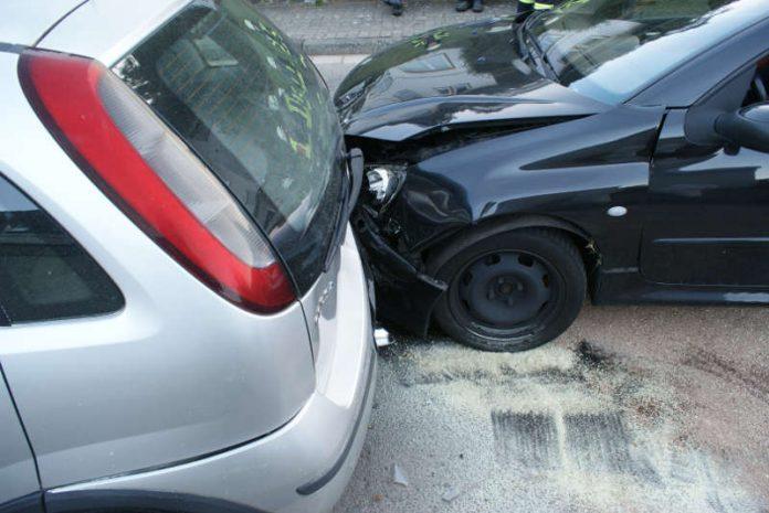 Verkehrsunfall in Frankeneck (Foto: Presseteam der Feuerwehr VG Lambrecht)