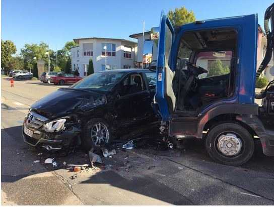 Schwerer Unfall auf der Kreuzung