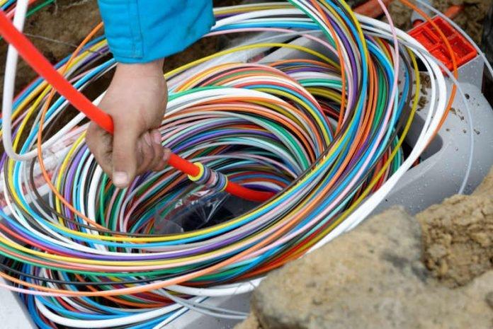 Deutsche Glasfaser legt pure, kupferfreie Glasfaser bis in jede Wohnung. Vom lokalen