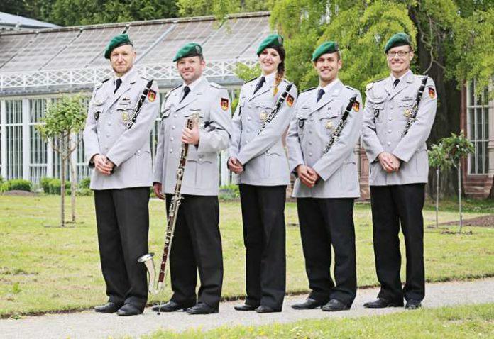 Klarinettenensemble (c) Bundeswehr HMusKorps Kassel