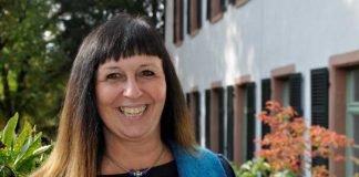 """Kirstin Hörberg ist die neue Fachbereichsleiterin der """"Sozialen Dienste"""" beim Gesundheitsamt des Kreises Bergstraße."""