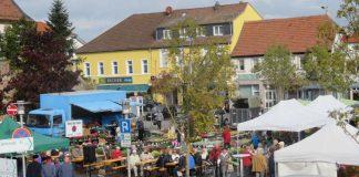 Herbstfest auf dem Wochenmarkt (Foto: Gemeindeverwaltung Haßloch)