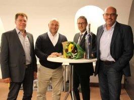 v.l. Geschäftsführer Jürgen Ripplinger, Bürgermeister Jürgen Kirchner, Bürgermeister Manuel Just und Ex-OB Heiner Bernhard.