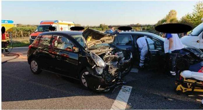 Verkehrsunfall B271 -Deidesheim