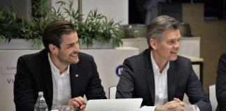 rechts KSC-Präsident Ingo Wellenreuther (Foto: KSC)