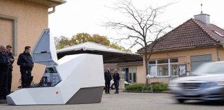 Der Enforcement Trailer im Test (Foto: Innenministerium)
