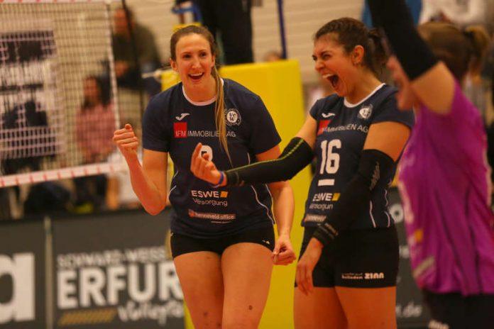 Jennifer Hamson (links) war die punktbeste Spielerin beim VCW (Foto: Detlef Gottwald)