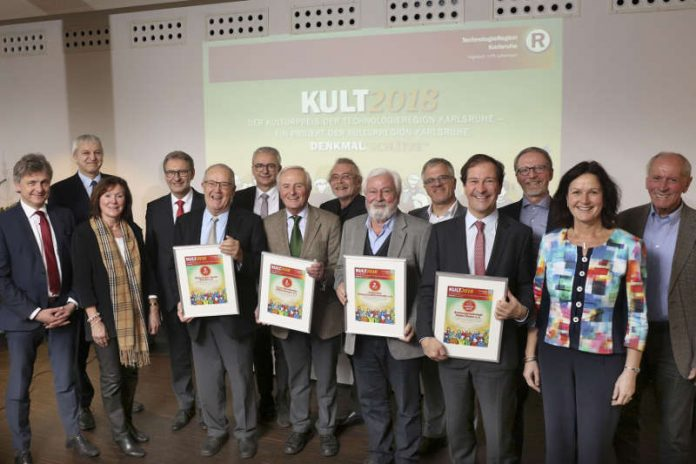 Preisfamilie KULT 2018 bei der Verleihung am 14.12. auf dem Turmberg Durlach (Foto: TRK   Fabry)