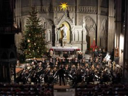 Speyer Gedächtniskirche Sinfonisches Blasorchester Ludwigshafen Weihnachtskonzert (Foto: Holger Knecht)
