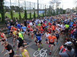 Start Forchheimer Silvesterlauf (Foto: Fotofreunde Rheinstetten/Marcus Abromeit)