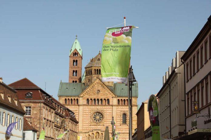 Wein am Dom (Foto: Pfalzwein e.V.)