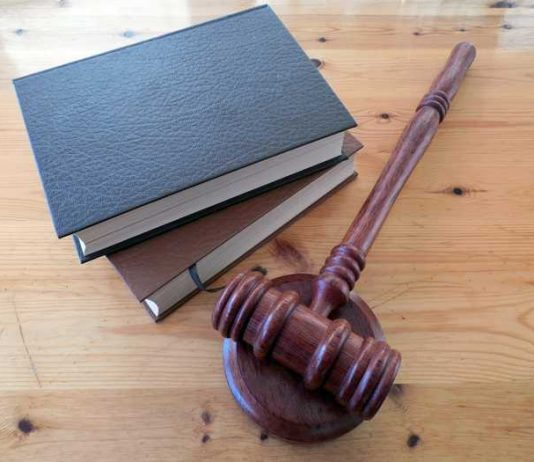 Justiz Hammer Foto: Pixabay